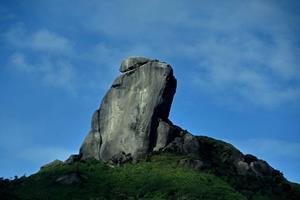 núi đá bua phú yên